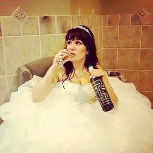 Wine Mom (Samantha Trarback)
